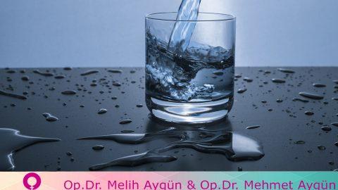 Hamilelik Döneminde Yaz Aylarında Dikkat Edilmesi Gerekenler: Su İçmek…